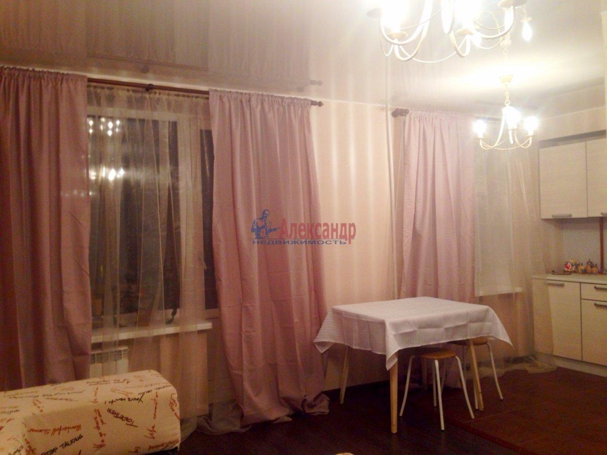 2-комнатная квартира (45м2) в аренду по адресу Орджоникидзе ул., 9— фото 4 из 4