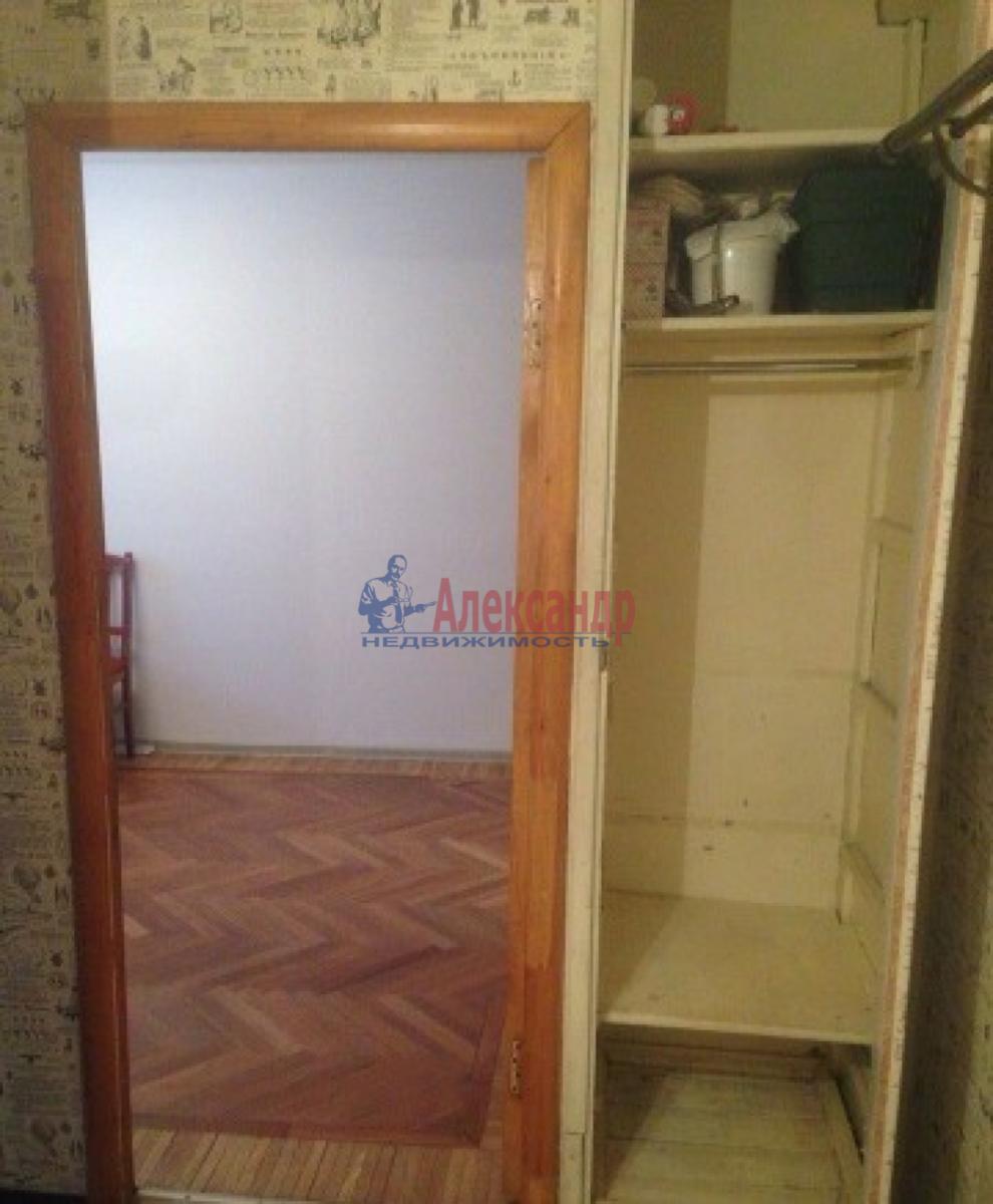 1-комнатная квартира (31м2) в аренду по адресу Ленсовета ул., 74— фото 10 из 10