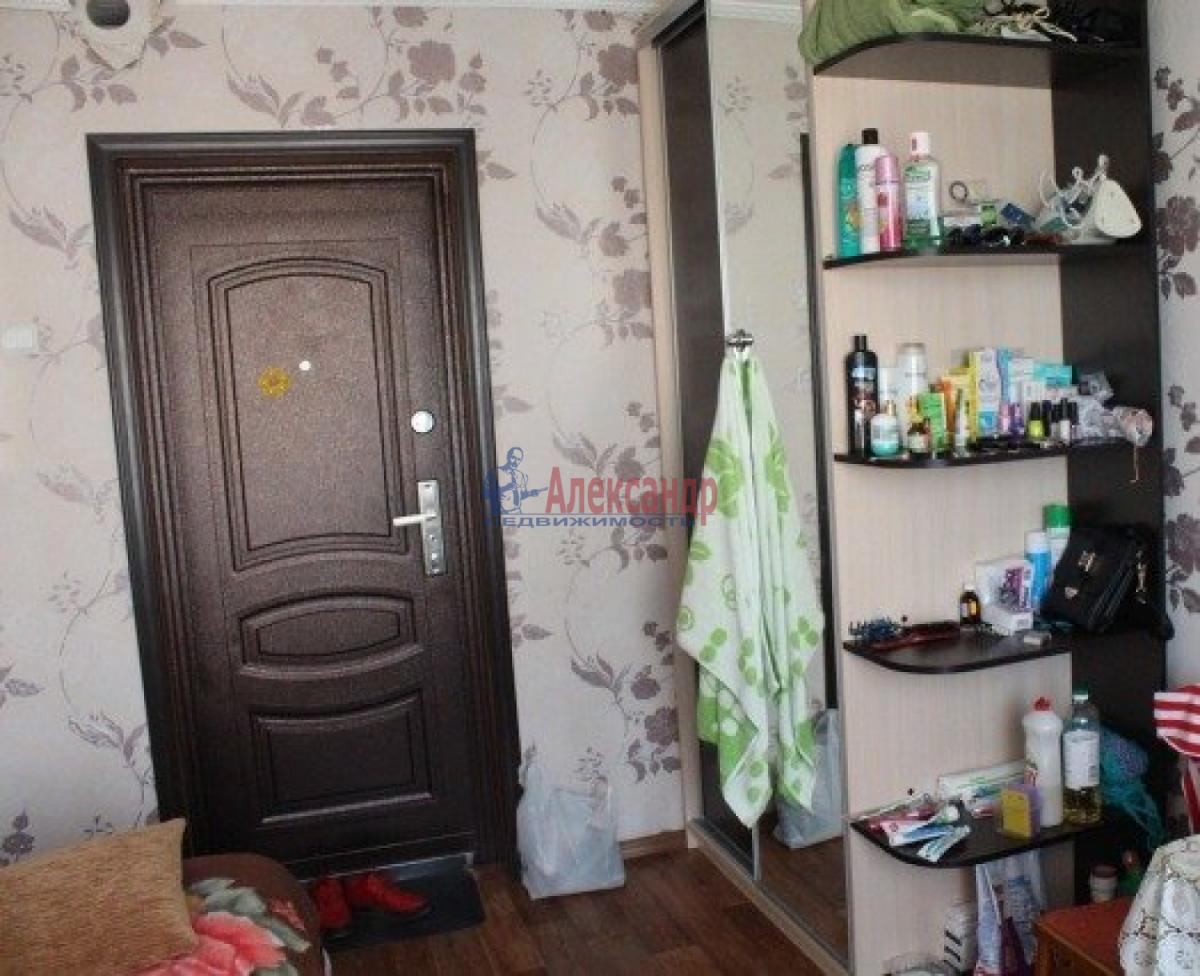 Комната в 3-комнатной квартире (54м2) в аренду по адресу Бассейная ул., 5— фото 2 из 3