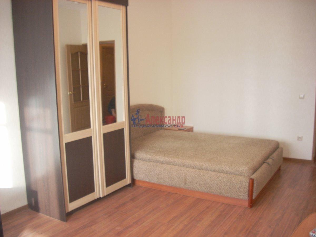 1-комнатная квартира (35м2) в аренду по адресу Фарфоровская ул., 16— фото 2 из 2
