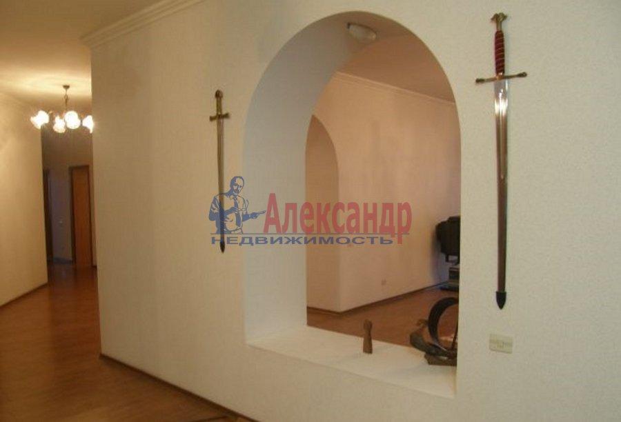 3-комнатная квартира (120м2) в аренду по адресу Большая Зеленина ул., 13— фото 2 из 4