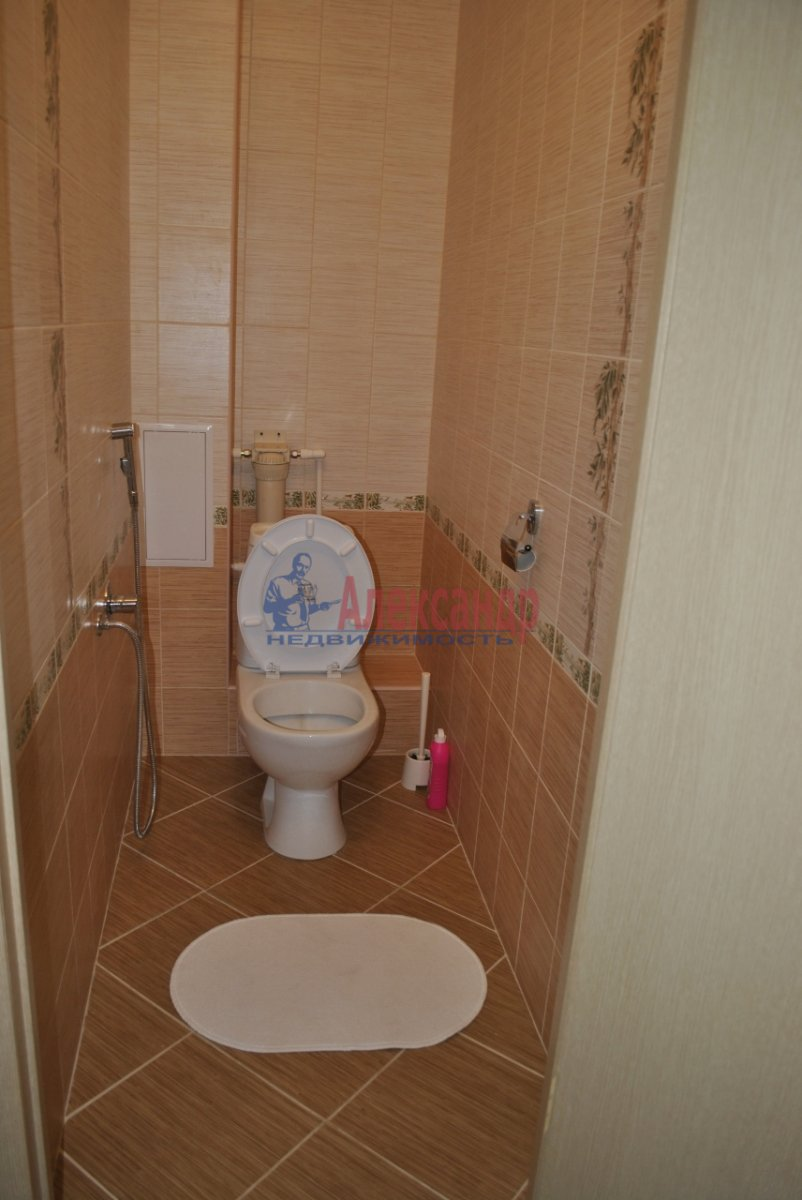 3-комнатная квартира (110м2) в аренду по адресу Кирочная ул., 17— фото 5 из 5
