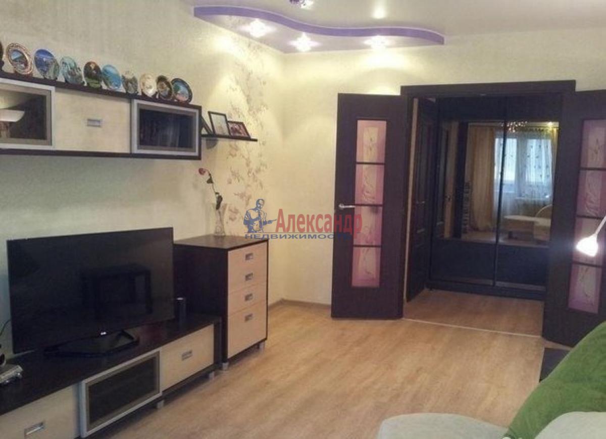 1-комнатная квартира (44м2) в аренду по адресу Крыленко ул., 45— фото 3 из 5