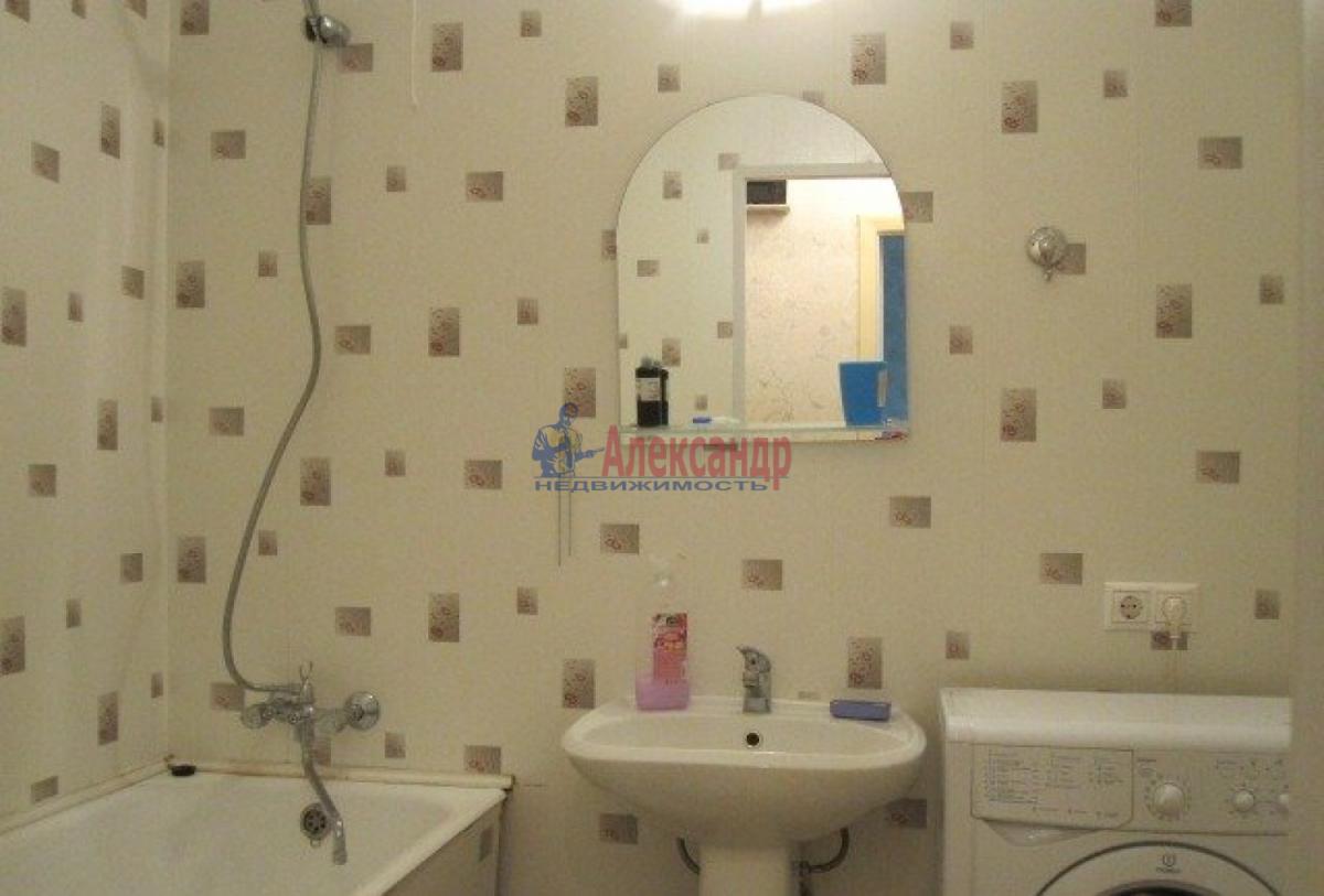 1-комнатная квартира (43м2) в аренду по адресу Ленинский пр., 79— фото 4 из 5