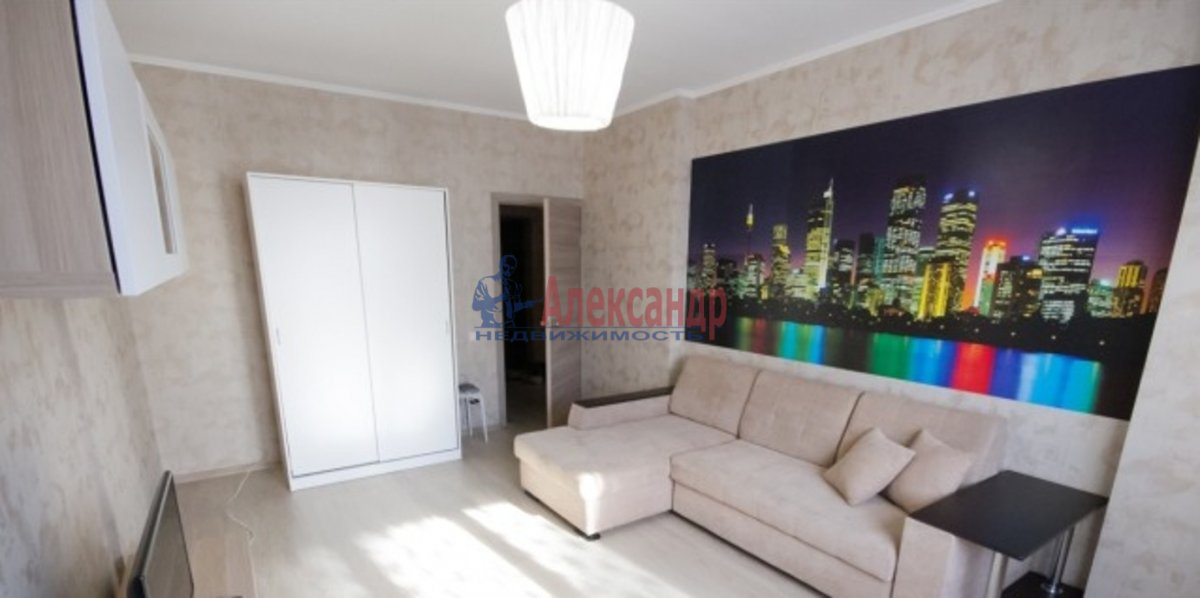 1-комнатная квартира (40м2) в аренду по адресу Комендантский пр., 51— фото 1 из 3