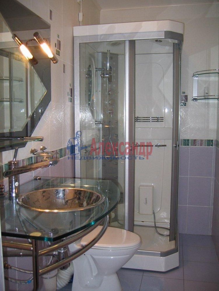 3-комнатная квартира (120м2) в аренду по адресу Динамо пр.— фото 4 из 4