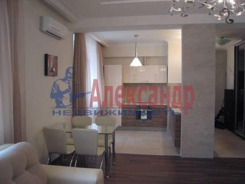 2-комнатная квартира (75м2) в аренду по адресу Смольного ул., 2— фото 6 из 8