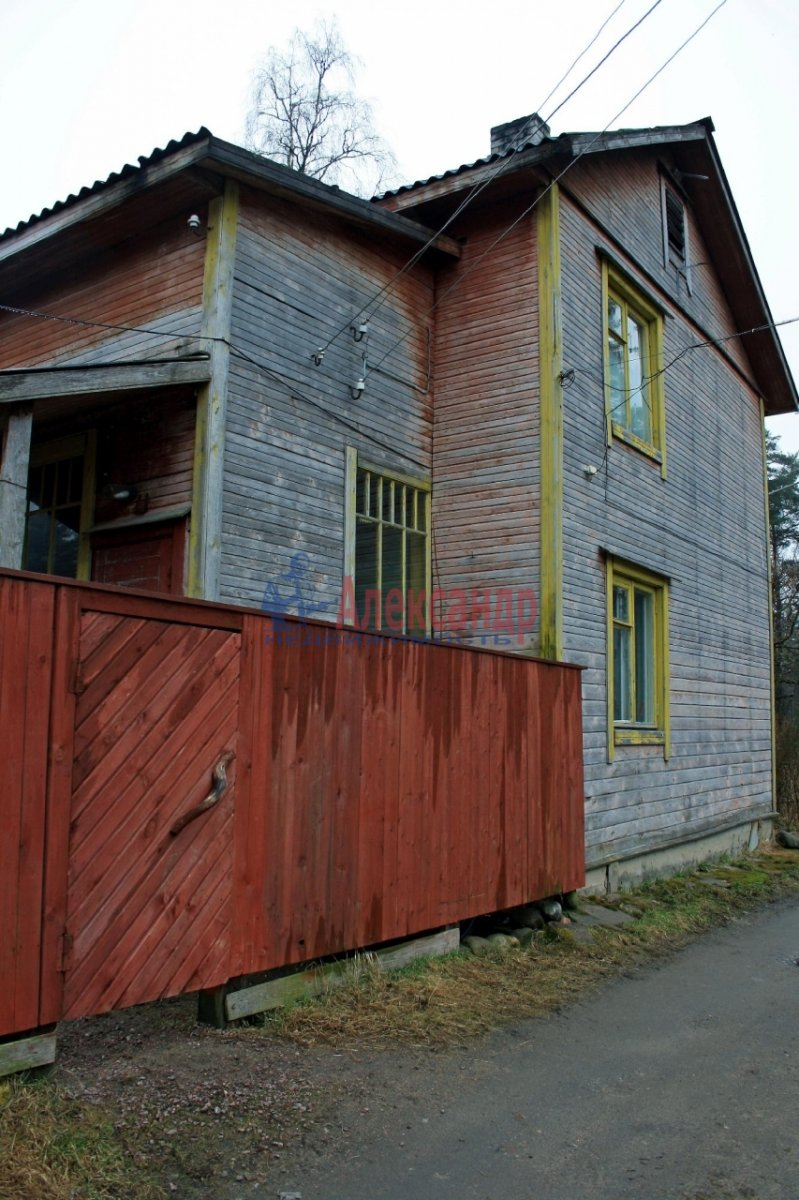 1-комнатная квартира (28м2) в аренду по адресу Лахденпохья г., Аркадия Маркова ул.— фото 1 из 10