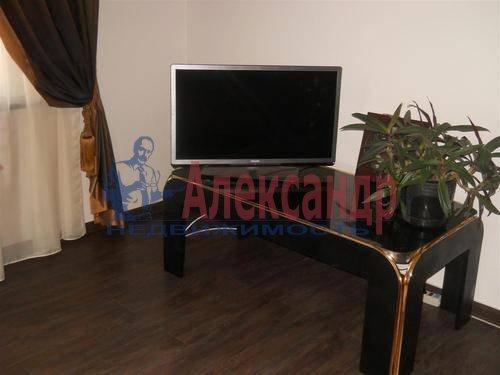1-комнатная квартира (50м2) в аренду по адресу Российский пр., 8— фото 5 из 9