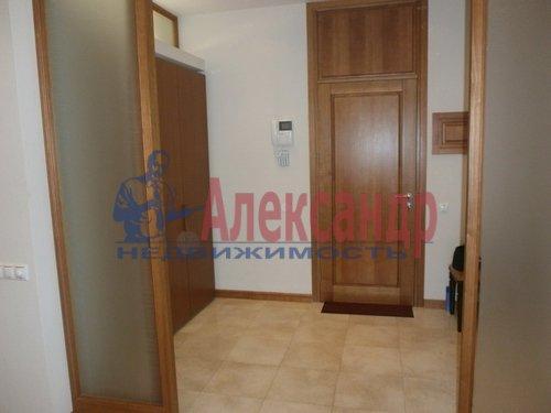 2-комнатная квартира (69м2) в аренду по адресу Кременчугская ул., 11— фото 5 из 11