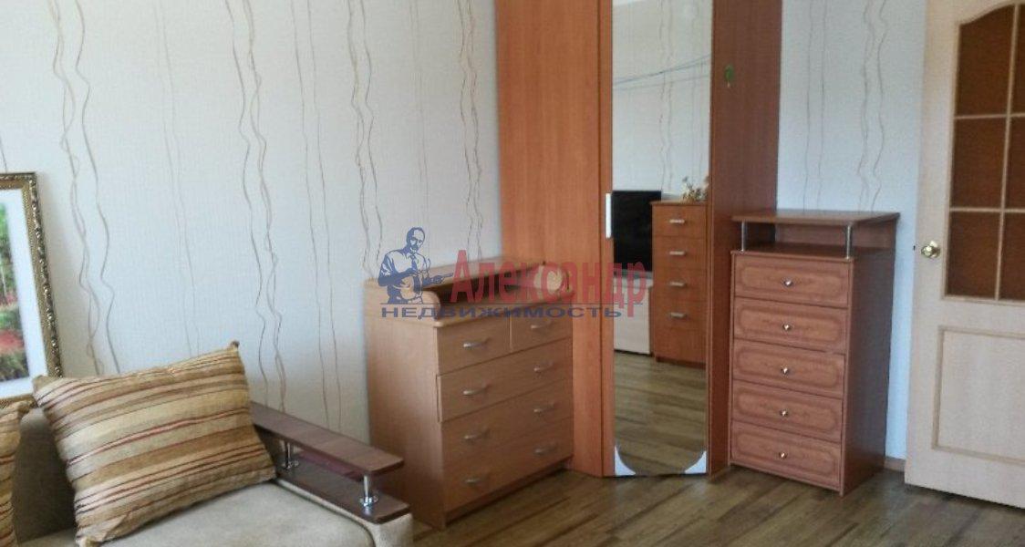 1-комнатная квартира (37м2) в аренду по адресу Северный пр., 6— фото 3 из 3