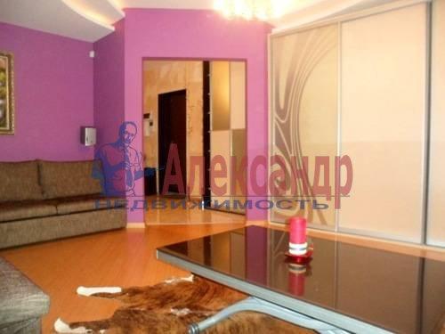 2-комнатная квартира (57м2) в аренду по адресу Космонавтов просп., 61— фото 4 из 8