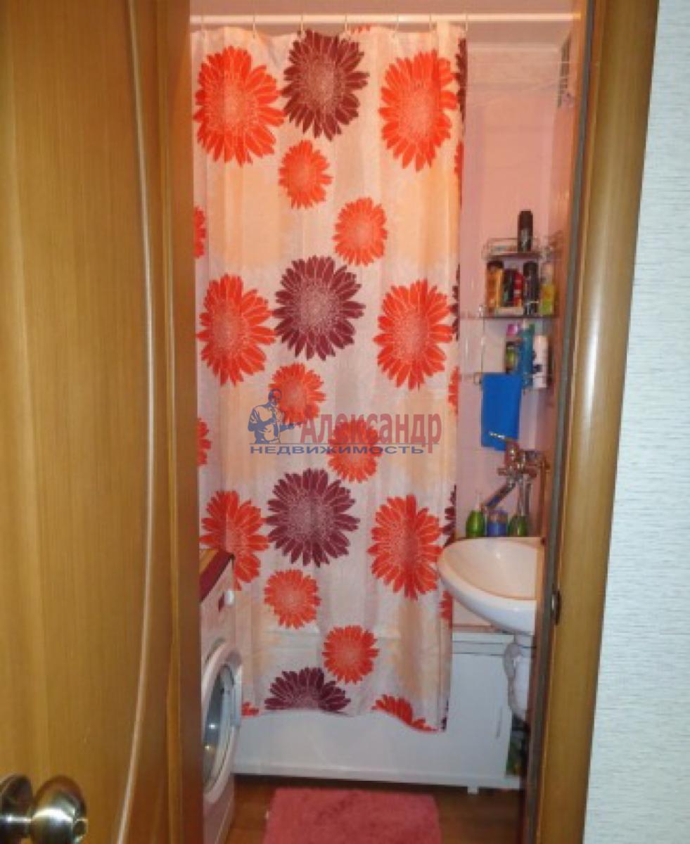 1-комнатная квартира (32м2) в аренду по адресу Авангардная ул., 23— фото 4 из 4