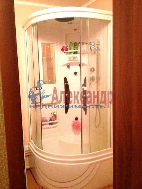 2-комнатная квартира (59м2) в аренду по адресу Антонова-Овсеенко ул., 18— фото 4 из 10