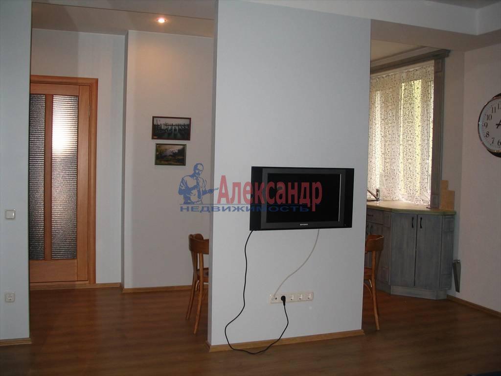 1-комнатная квартира (48м2) в аренду по адресу Пушкинская ул., 4— фото 6 из 8