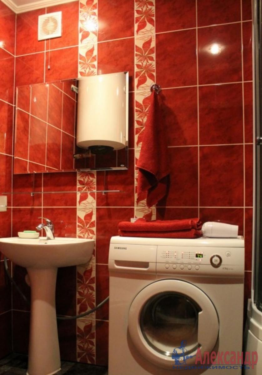 3-комнатная квартира (89м2) в аренду по адресу Московский просп., 75— фото 4 из 4