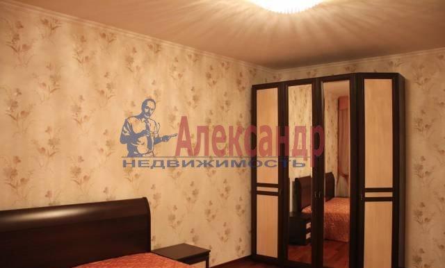 2-комнатная квартира (65м2) в аренду по адресу Ворошилова ул., 25— фото 6 из 8
