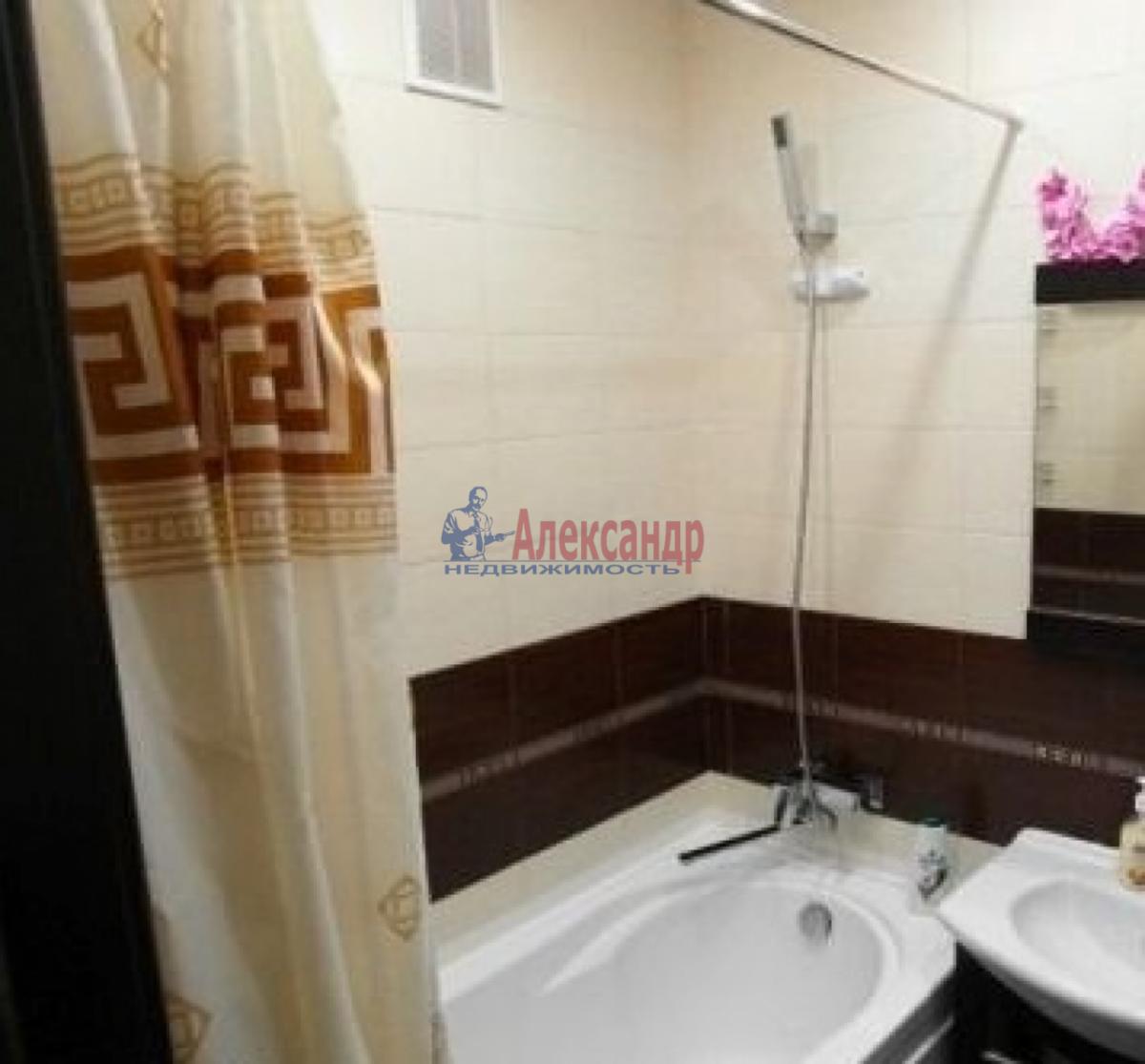 2-комнатная квартира (63м2) в аренду по адресу Киевская ул.— фото 2 из 15