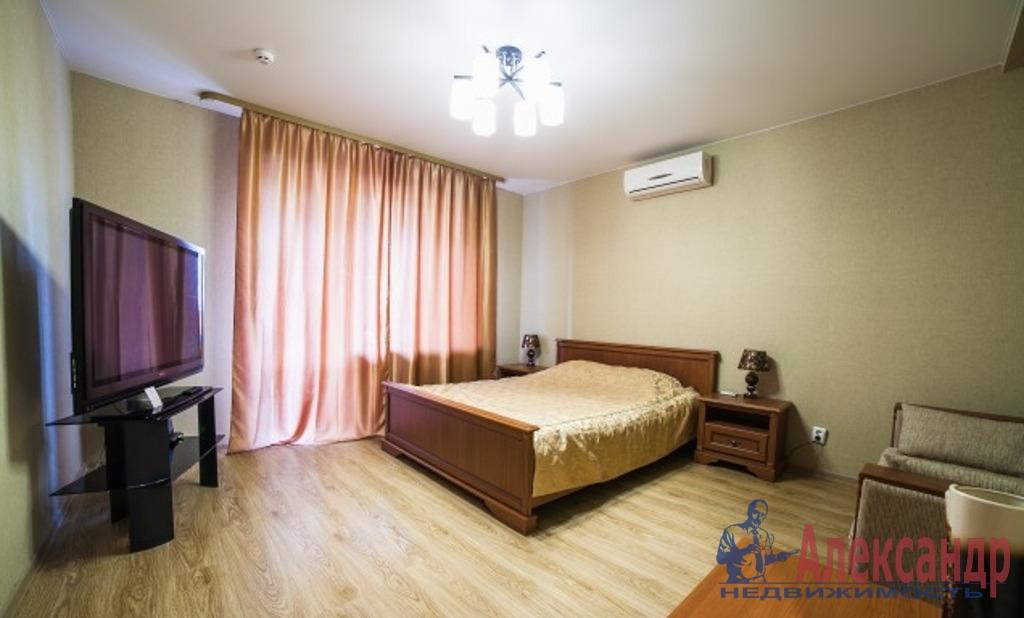 2-комнатная квартира (70м2) в аренду по адресу Обуховской Обороны пр., 209— фото 1 из 5