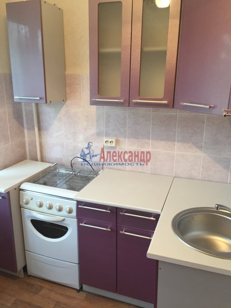 2-комнатная квартира (45м2) в аренду по адресу Белы Куна ул., 21— фото 2 из 7