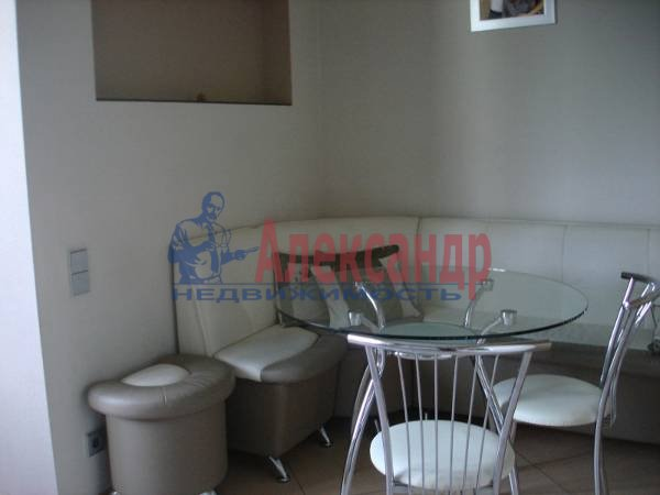 3-комнатная квартира (93м2) в аренду по адресу Ленинский пр., 151— фото 4 из 10