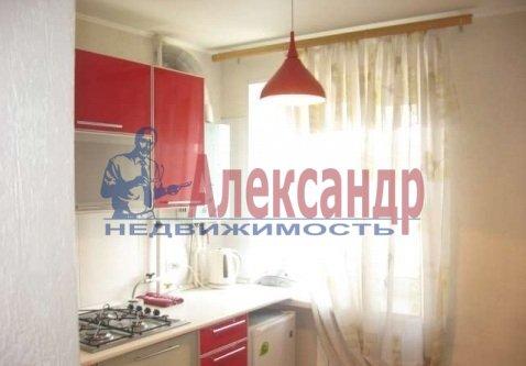 1-комнатная квартира (39м2) в аренду по адресу Ильюшина ул., 11— фото 3 из 9