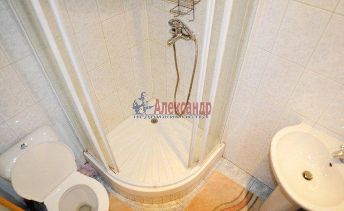 2-комнатная квартира (53м2) в аренду по адресу Тореза пр., 38— фото 2 из 2
