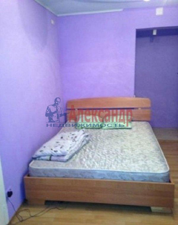 Комната в 2-комнатной квартире (60м2) в аренду по адресу Рубинштейна ул., 10— фото 2 из 5