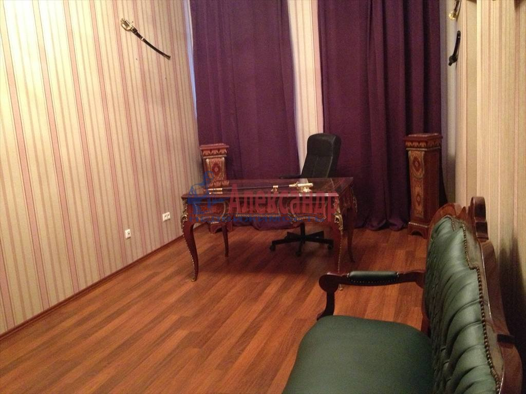 3-комнатная квартира (114м2) в аренду по адресу Чехова ул., 11/13— фото 3 из 9