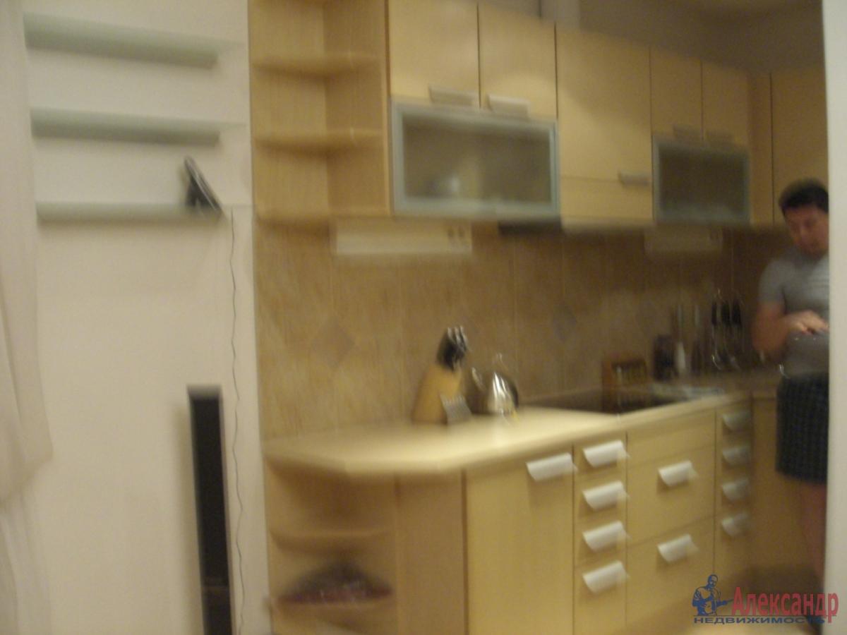 1-комнатная квартира (35м2) в аренду по адресу Российский пр., 14— фото 2 из 3