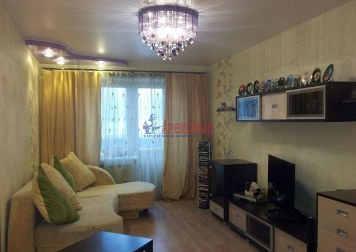1-комнатная квартира (44м2) в аренду по адресу Крыленко ул., 45— фото 4 из 5