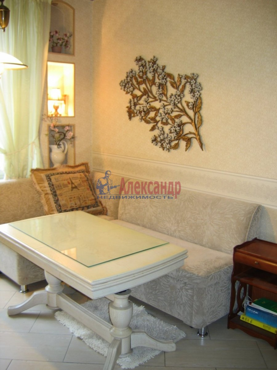 1-комнатная квартира (48м2) в аренду по адресу Нейшлотский пер., 11— фото 1 из 4