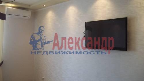 2-комнатная квартира (65м2) в аренду по адресу Савушкина ул., 115— фото 3 из 7