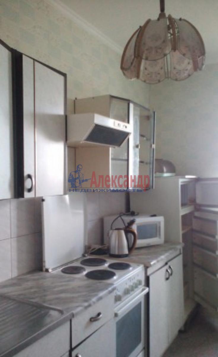 1-комнатная квартира (36м2) в аренду по адресу Ветеранов пр., 135— фото 3 из 3