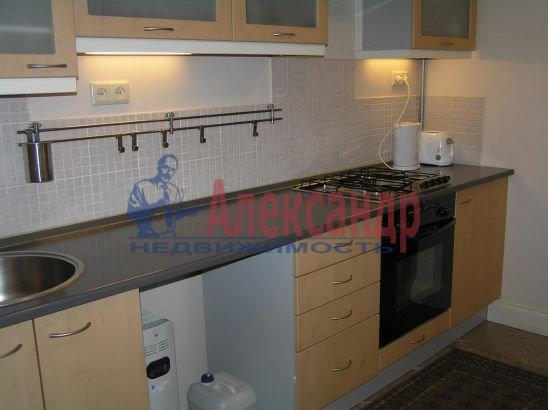 1-комнатная квартира (60м2) в аренду по адресу Реки Мойки наб., 6— фото 1 из 3
