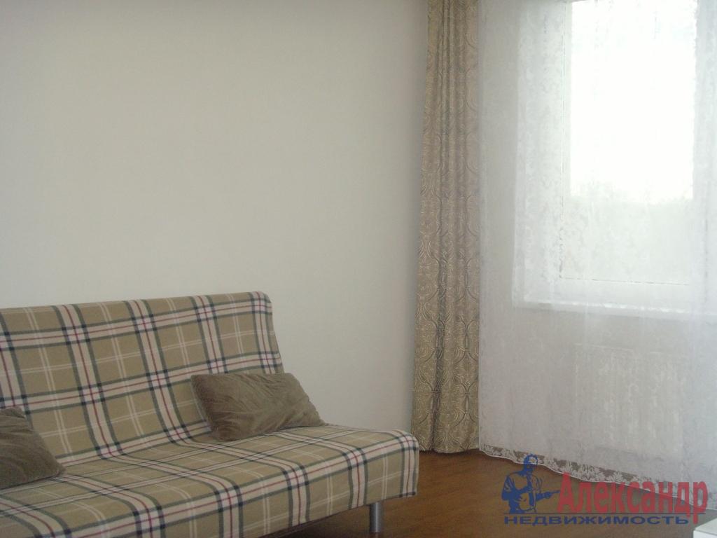 1-комнатная квартира (40м2) в аренду по адресу Земледельческая ул., 5— фото 1 из 5