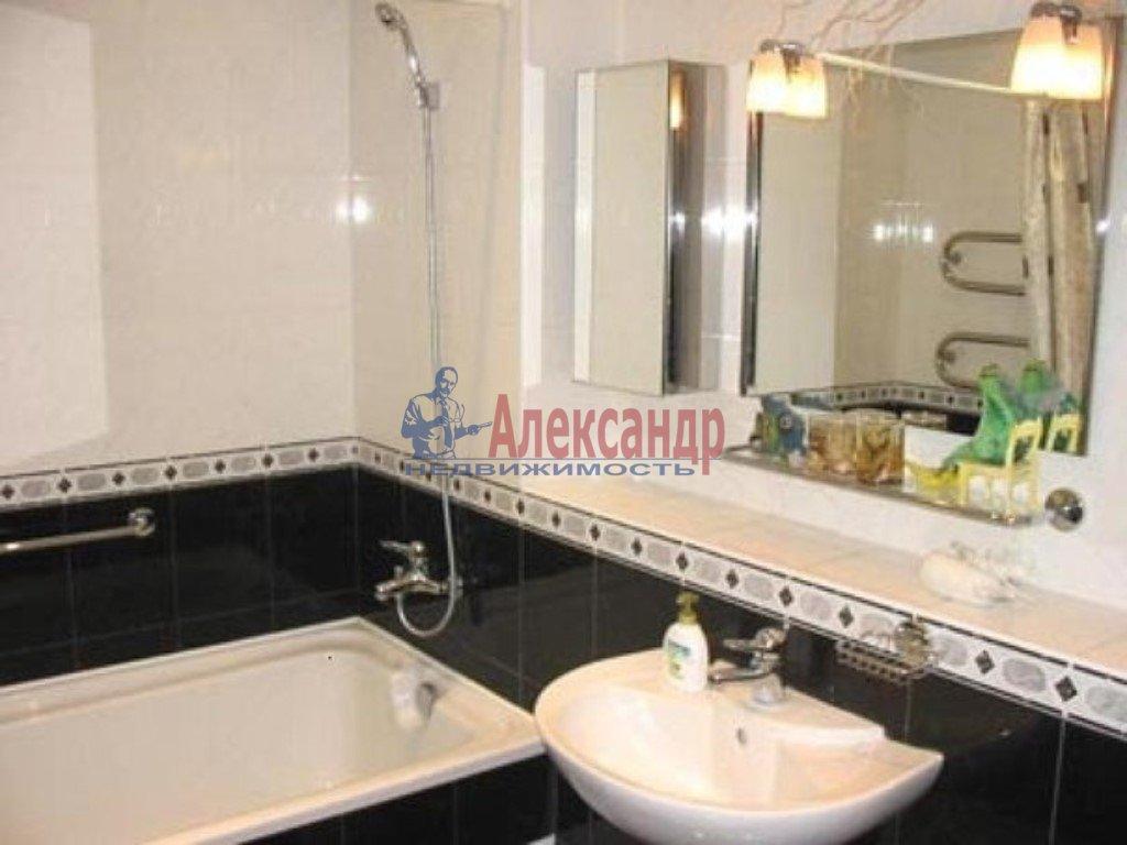 1-комнатная квартира (53м2) в аренду по адресу Коломяжский пр., 26— фото 1 из 3