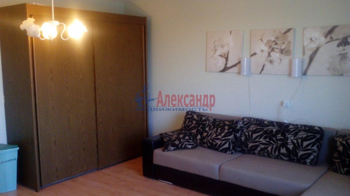 3-комнатная квартира (95м2) в аренду по адресу Большевиков пр., 22— фото 5 из 12