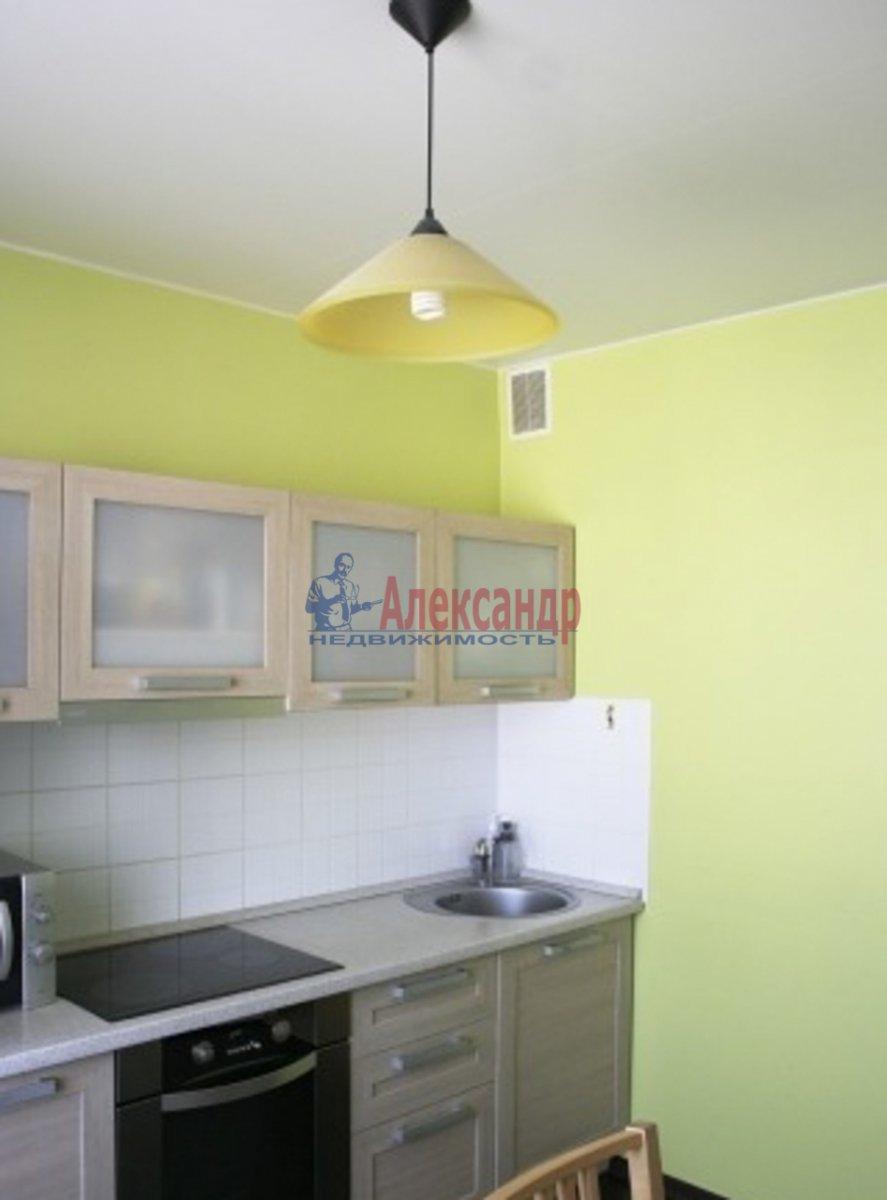 1-комнатная квартира (45м2) в аренду по адресу Народная ул., 5— фото 2 из 3