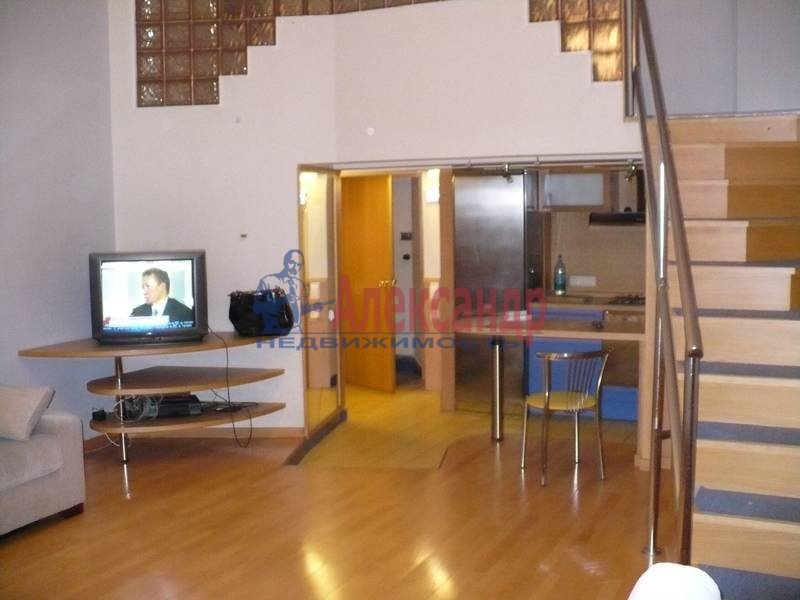 3-комнатная квартира (70м2) в аренду по адресу Невский пр., 100— фото 2 из 6