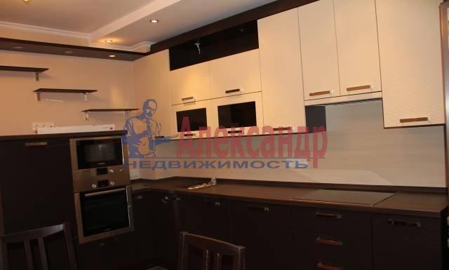 2-комнатная квартира (65м2) в аренду по адресу Ворошилова ул., 25— фото 1 из 8