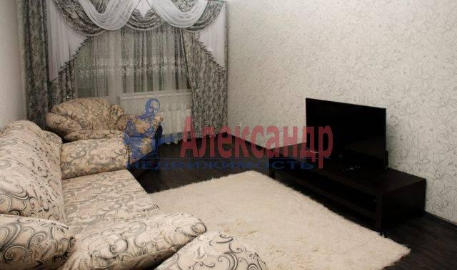 2-комнатная квартира (65м2) в аренду по адресу Бабушкина ул., 82— фото 5 из 9