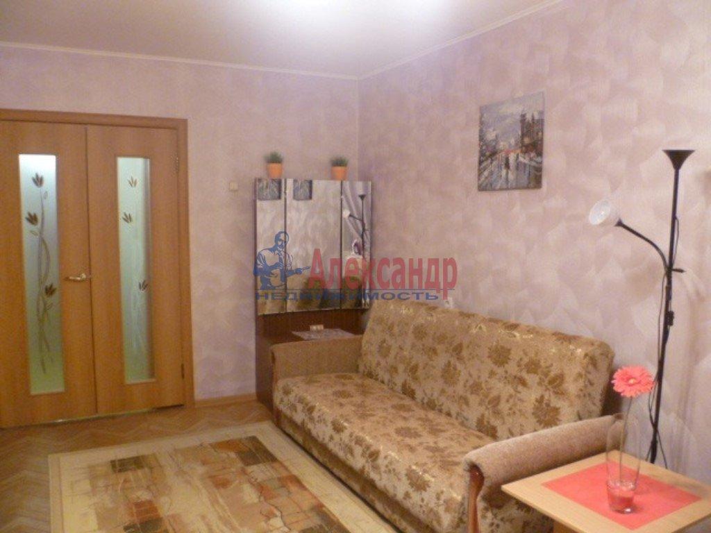 1-комнатная квартира (35м2) в аренду по адресу Хошимина ул., 11— фото 1 из 1