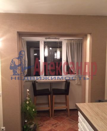 1-комнатная квартира (32м2) в аренду по адресу Торжковская ул., 3— фото 1 из 5