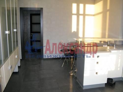 2-комнатная квартира (75м2) в аренду по адресу Волховский пер., 4— фото 12 из 16