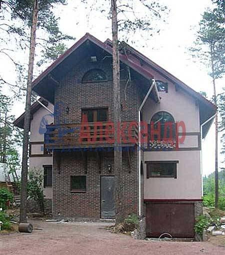 Дом (400м2) в аренду — фото 1 из 10