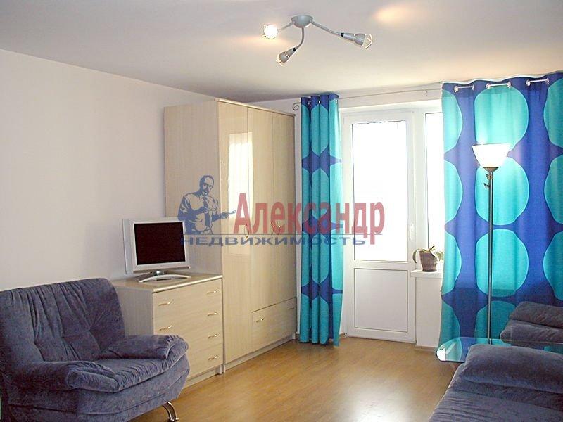 1-комнатная квартира (42м2) в аренду по адресу Софьи Ковалевской ул., 14— фото 1 из 3