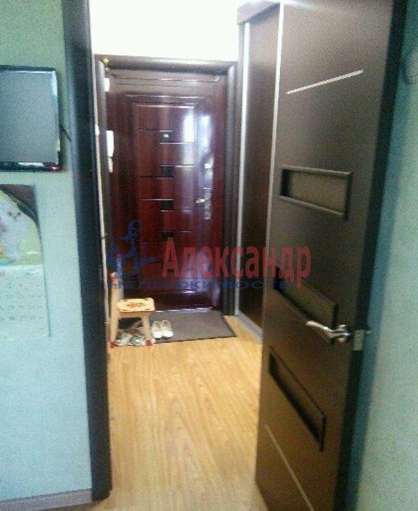 1-комнатная квартира (37м2) в аренду по адресу Шлиссельбургский пр., 49— фото 4 из 6