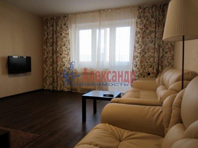 1-комнатная квартира (40м2) в аренду по адресу Ленинский пр., 84— фото 1 из 3