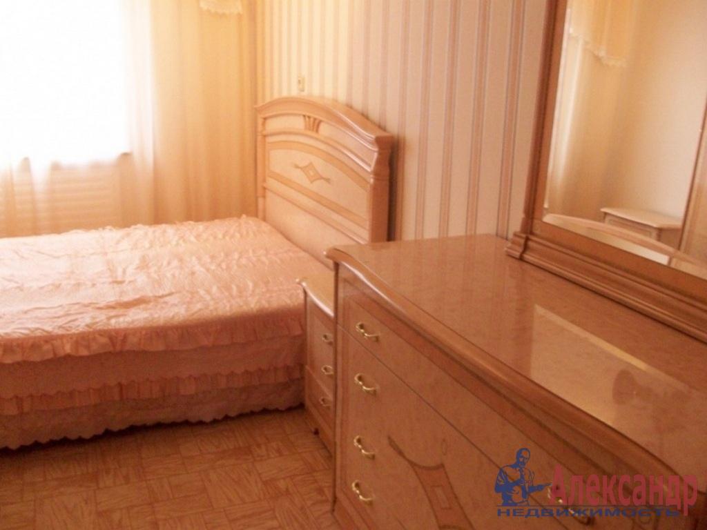 3-комнатная квартира (65м2) в аренду по адресу Краснопутиловская ул., 76— фото 2 из 5